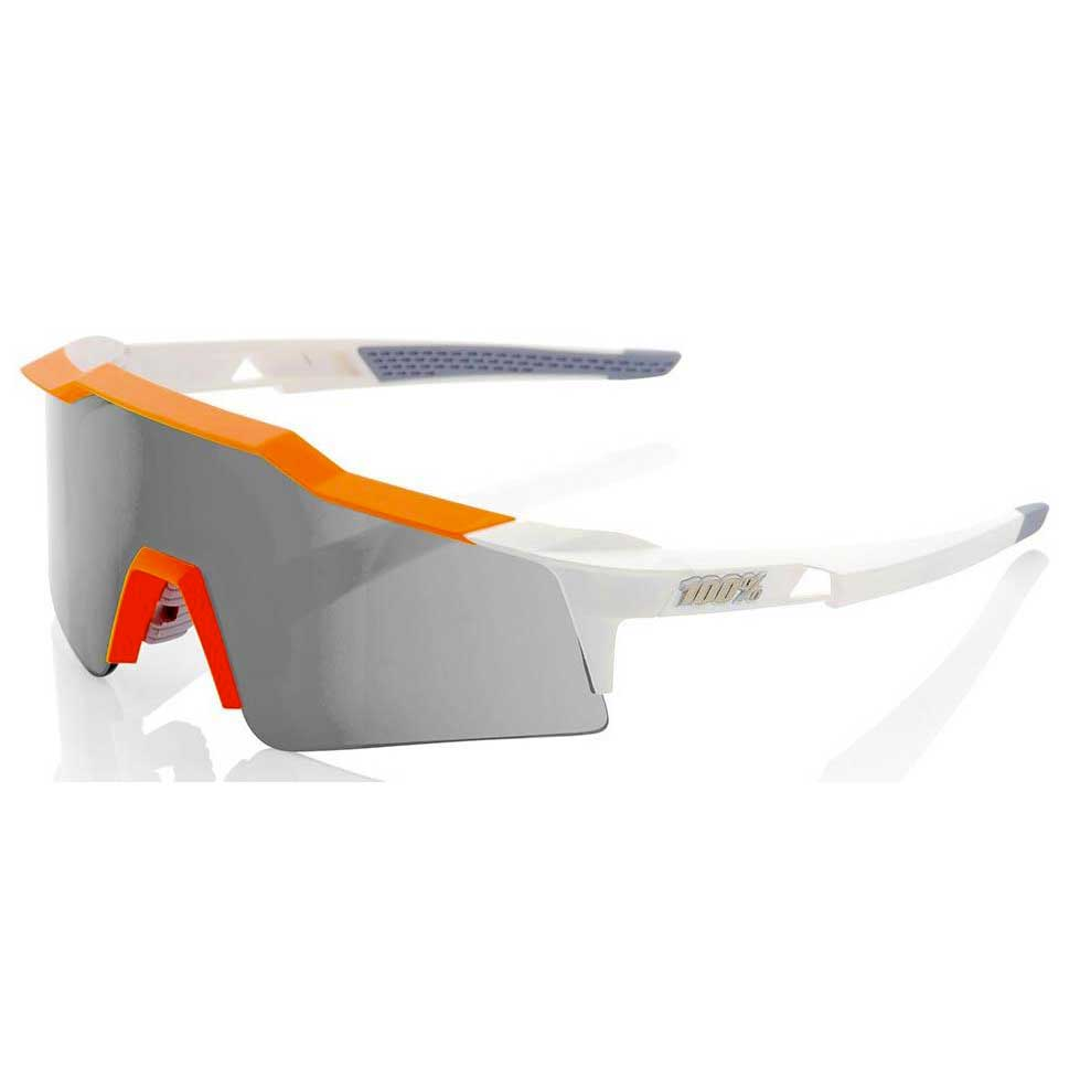 836c6c8651 ... the Oakley level (Sagan's salary is not exactly that of a mileurist), I  had to go on the web to see the names of the models because I did not know  them.