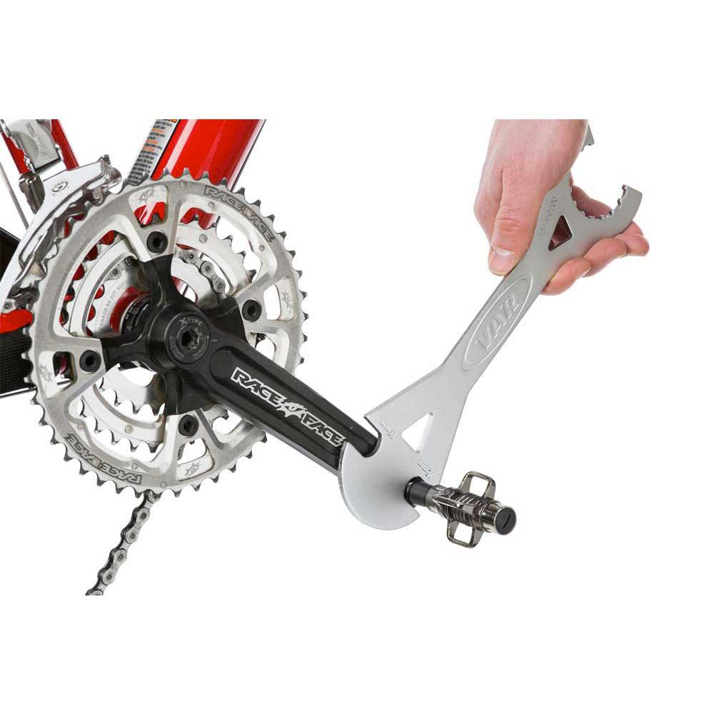 pedal-and-bottom-bracket-wrench