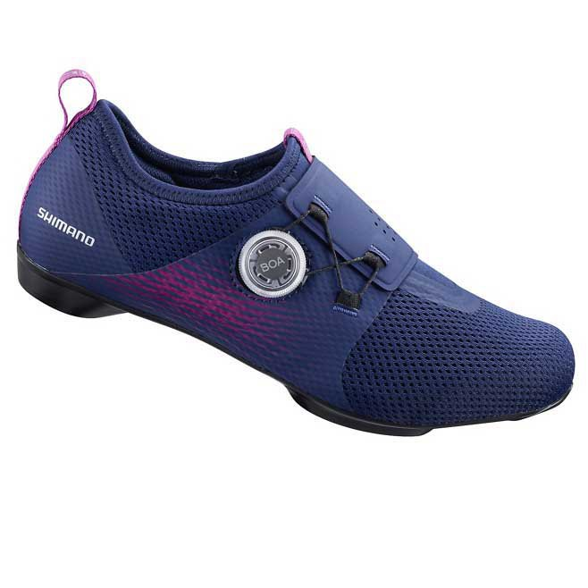 Sapatos de ciclismo indoor Shimano lança produto